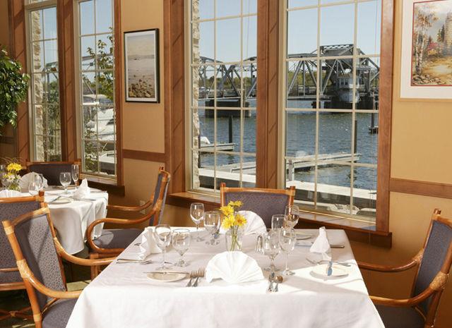 Restaurants Westwood Shores